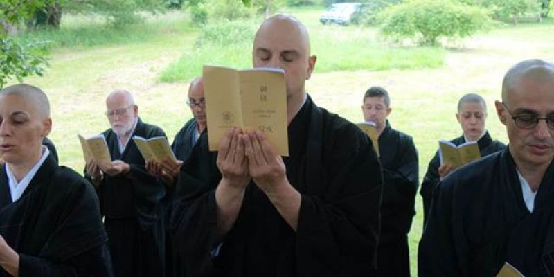 sutra chanting and ceremonies